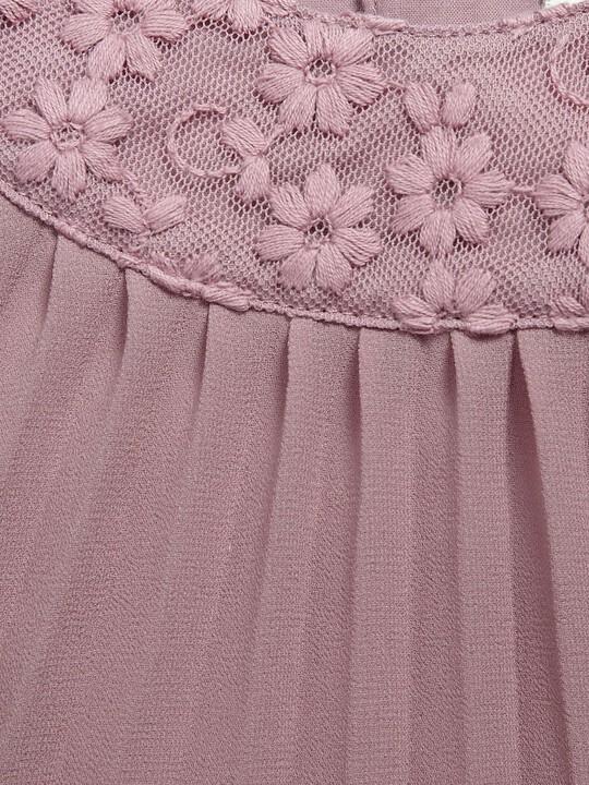 فستان ذو ثنيات وياقة من شريط الزينة باللون الوردي image number 3