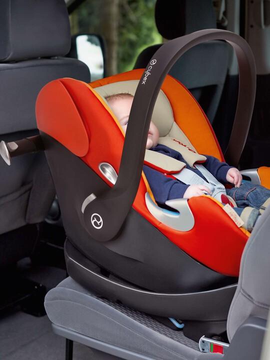 مقعد سيارة CYBEX Aton Q - أسود Black Jack image number 4